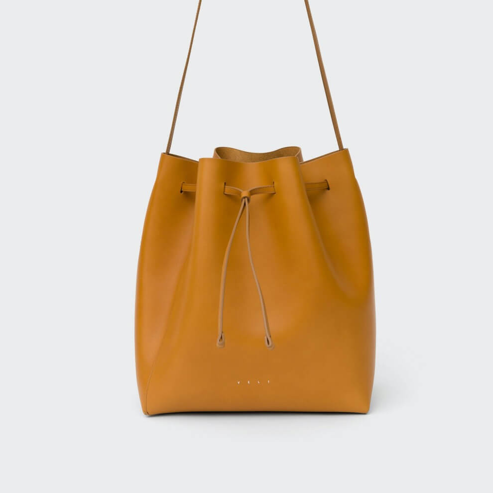 VELT - Bucket Bag
